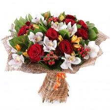 """Букет """"Вальс"""" орхидеи, розы и Альстромерии"""