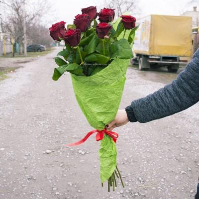 Букет красных роз сорт Гран-при 11 шт