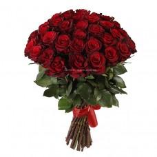 35 красных роз - сорт Гран-При