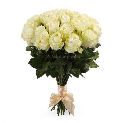 Букет белых роз сорт Мондиаль 25 шт
