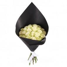 """25  белых роз - """"ночная звезда"""""""