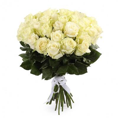 Букет белых роз сорт Мондиаль 35 шт