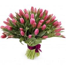 51 розовый тюльпан в букете